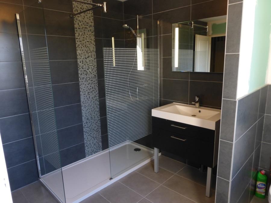 Salle de bains plombier Quincieux