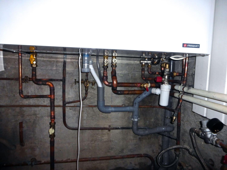 Installation chaudière gaz condensation Frisquet à Fleurieux