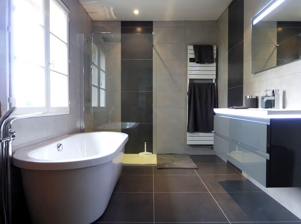 Réalisation de salle de bains à FLEURIEUX-SUR-L-ARBRESLE 69